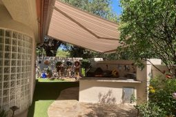 Retractable Awnings in Texas