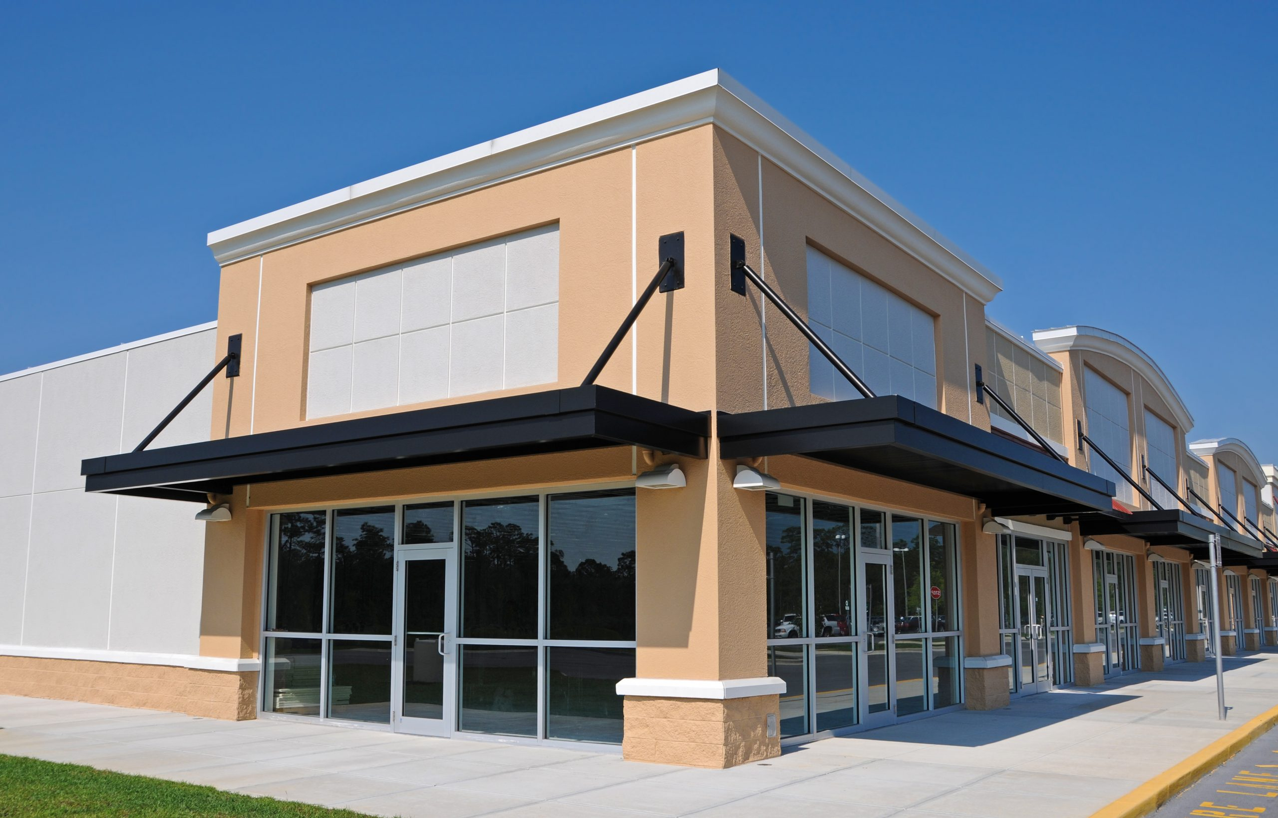 Why Invest in Commercial Awning